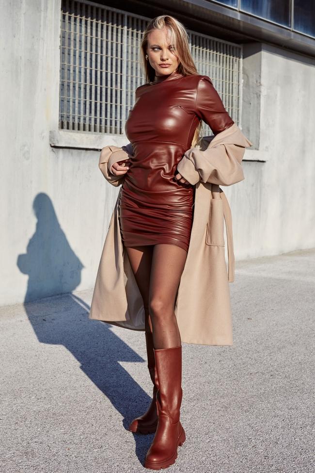 Φόρεμα Δερματίνη με Σούρες