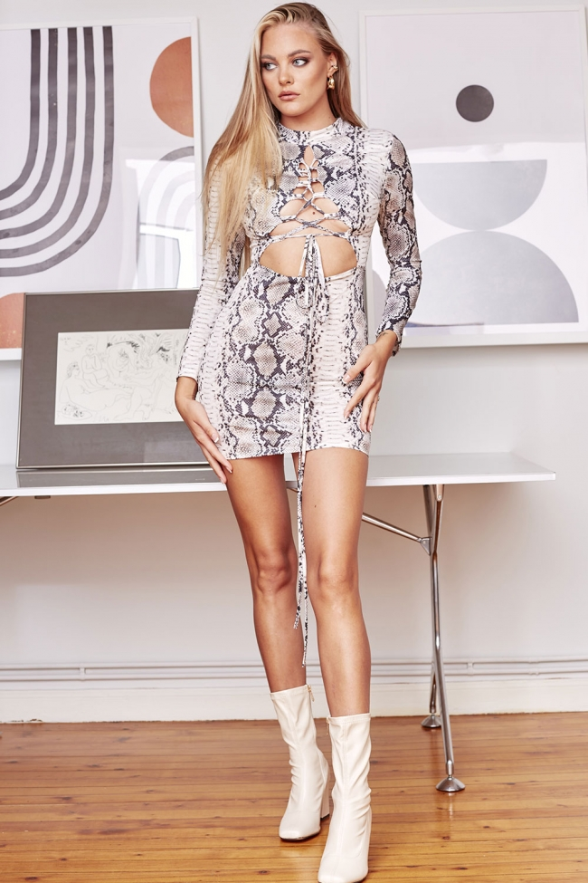 Φόρεμα με Άνοιγμα Animal Print