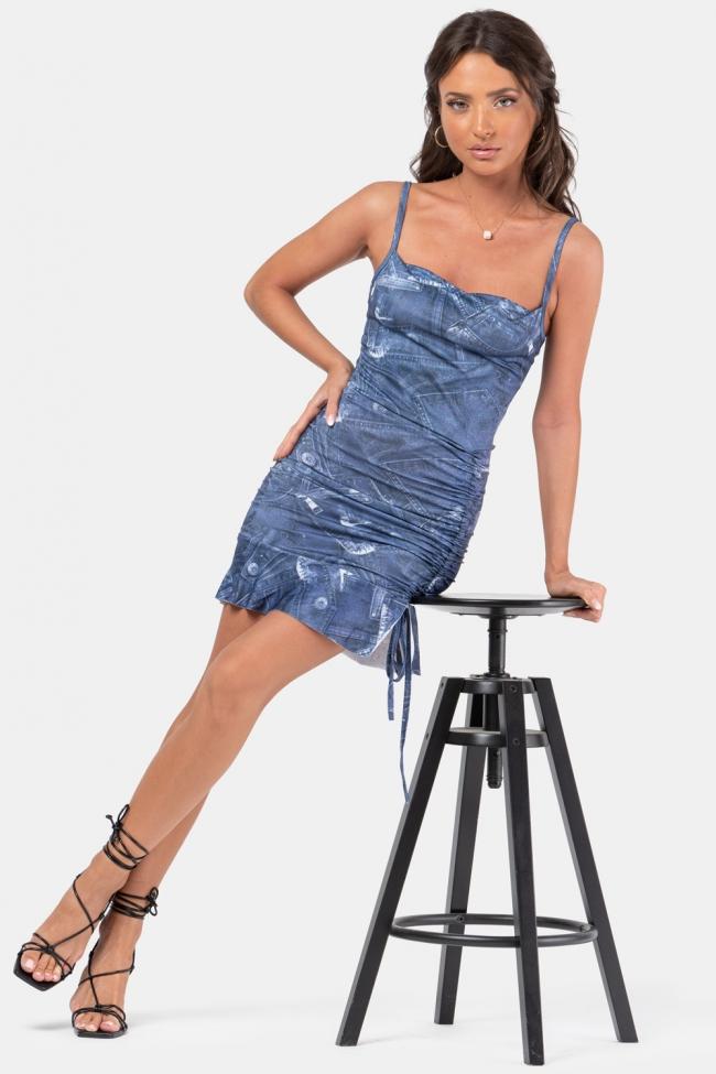 Φόρεμα με Σούρες